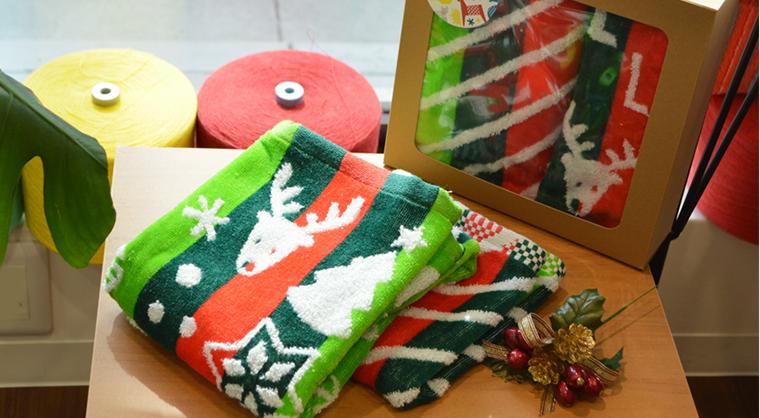 クリスマスタオルギフトボックス