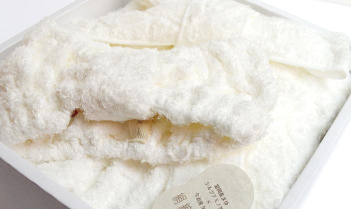 シルクアミノ加工した今治タオルの絹綿美人タオルのバスドレス&ヘアターバンのギフトセット(極柔タオル:オフホワイト)