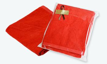 還暦祝いに赤いタオル